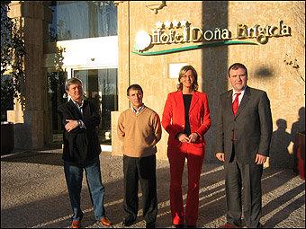"""José Paniagua - Junta Directiva de la """"ASVP"""", Jesús González  - Presidente de la  Asociación , Eva Sánchez  -Dpto. de Congresos y Banquetes del Salamanca Forum Resort  y Juan Ramón González (Consulproyect)"""