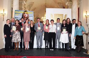 Los premiados posaron con sus trofeos el pasado 17 de marzo