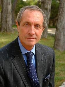 Carlos Oliva-Vélez, Vice-Presidente Ejecutivo de Metro Internacional