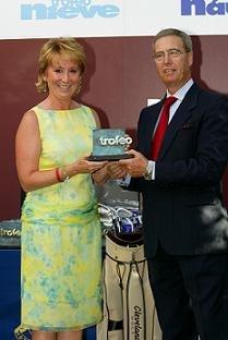 La presidenta de la Comunidad de Madrid, Esperanza Aguirre, recibió el premio 'Swing del año'
